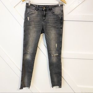 Zara Basic Distressed Denim Jeans Gray Sz 6